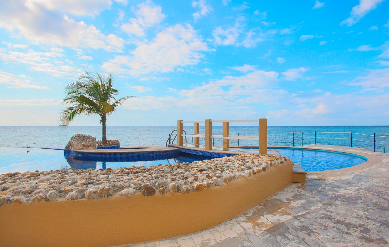 reviews buying cozumel real estate with Karen cozumel realtor