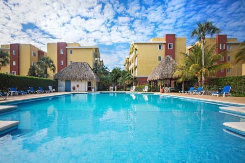 Condominium Las Ventanas B403 01